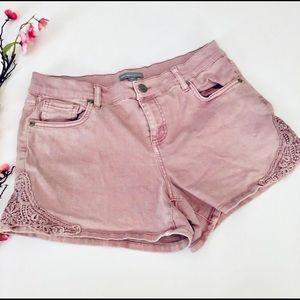 NY & Co pink lace jean shorts 10 stretchy short